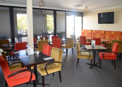 Beautiful-lounge-for-special-events-weddings-wakes-birthdays-engagements-in-geelong-St-Georges-Workers-Club