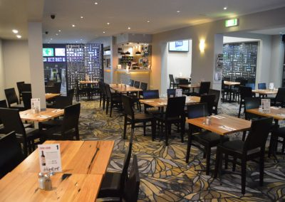 Restaurant-Geelong-St-George-Workers-Club-fine-dining-and-snacks-pokies